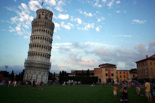 Photographie de la tour de Pise.