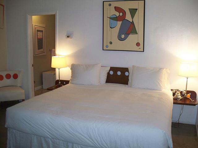 organiser une petite chambre petite chambre solutions dco pour tout ranger agrable meuble pour. Black Bedroom Furniture Sets. Home Design Ideas
