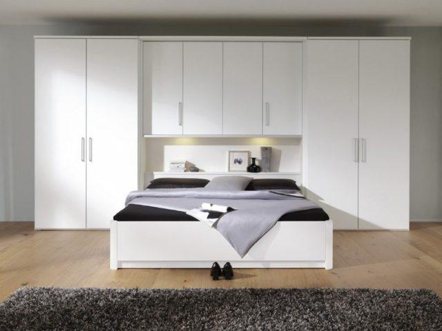 comment am nager une petite chambre blog univers du placard. Black Bedroom Furniture Sets. Home Design Ideas