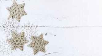 https://pixabay.com/fr/bois-blanc-bureau-hiver-no%C3%ABl-1971086/